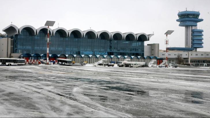 Curse anulate şi întârzieri pe Aeroportul Henri Coandă