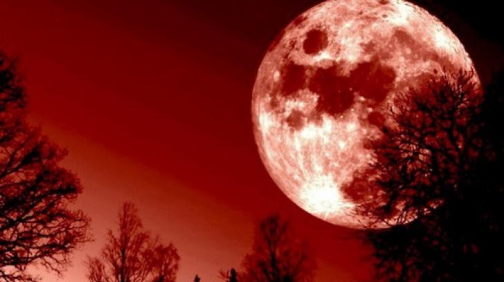 Eclipsă totală de Lună, în această seară. Tot ce trebuie să ştii despre Super-Luna Sângerie