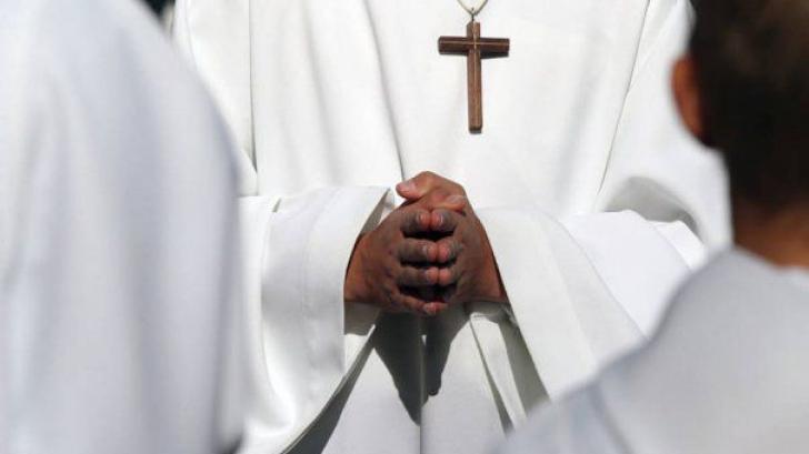 Celibatul preoţilor nu este opţional