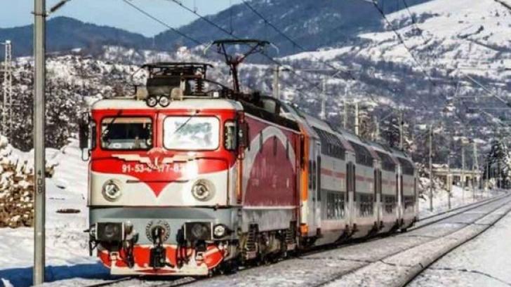 Accident groaznic, în Vrancea: autoturism spulberat de tren