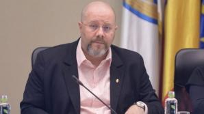 Consilierii de la Primăria Capitalei dau votul privind demiterea viceprimarului Bădulescu