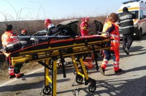 Accident înfiorător la Arad: 3 victime, după un impact violent
