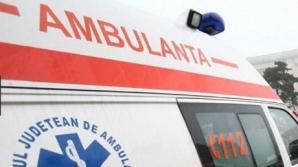 Fetița care a murit după ce a căzut din microbuz stătea pe o bancă improvizată