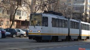 Femeie de 70 de ani lovită de tramvai în Bucureşti
