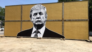 Donald Trump, determinat să construiască zidul
