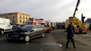 Accident în lanț, la Bistrița-Năsăud: 4 mașini spulberate, 8 victime