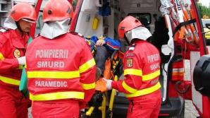 Accident grav în Alba: A intrat cu maşina într-un cap de pod