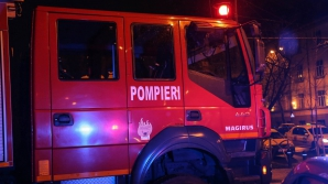 Incendiu violent într-un bloc din Cluj-Napoca: un rănit, 9 persoane evacuate
