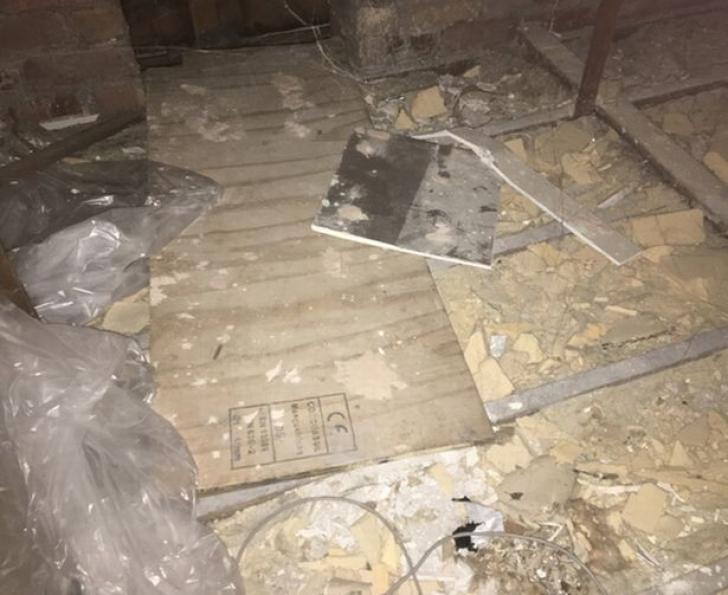 Femeia a dat de o încăpere secretă în propria casă. S-a cutremurat ce a găsit dincolo de ușă