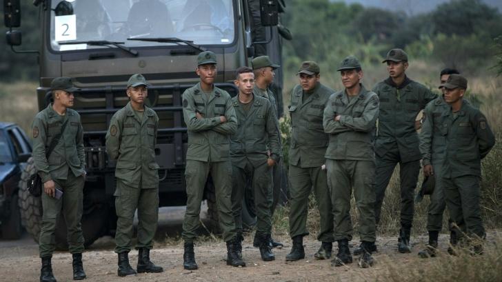 Măcel în Venezuela. Regimul Maduro a deschis focul împotriva civililor. Granițele țării, închise