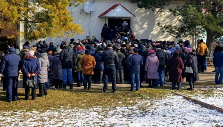 Alegători din regiunea transnistreană votează în raionul Dubăsari