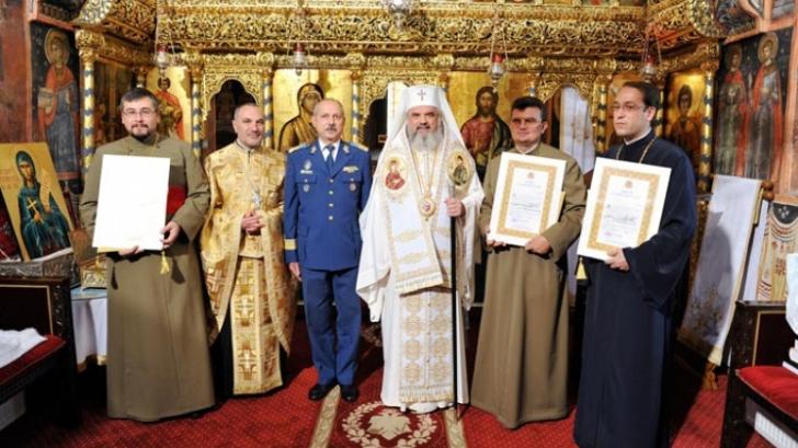 În ce mai au încredere românii? Unde se mai află Armata și Biserica?