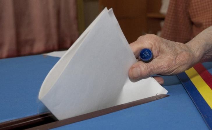Modelul listelor electorale pentru europarlamentare, pe masa Guvernului