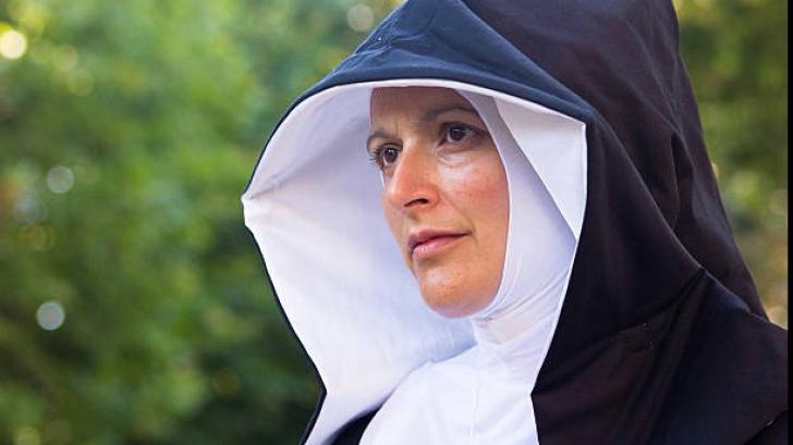 Călugărița a fugit de ascetism