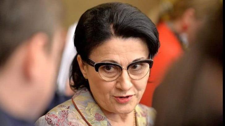 Ecaterina Andronescu, idee de ultimă oră despre introducerea examenului de admitere la liceu. Foto: reporterbuzoian.ro