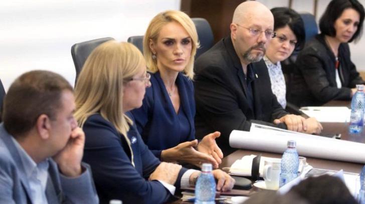Război la primărie! Firea îl apără pe Bădulescu, iar acesta îi face plângere penală lui Mutu