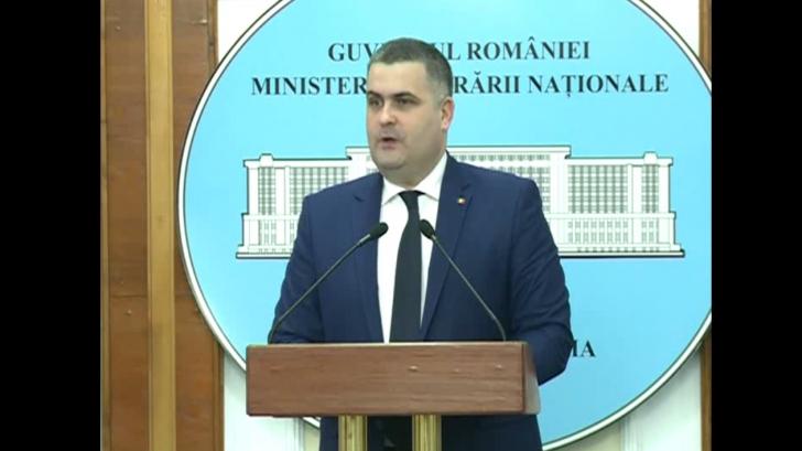 """Ministrul Apărării, Gabriel Leș, """"împușcat"""" de o jurnalistă Realitatea TV: """"Nu știu!"""" :)"""