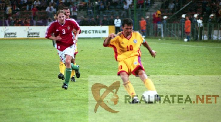 Hagi in tricoul Romaniei, in 1999. Arhiva: Cristian Otopeanu