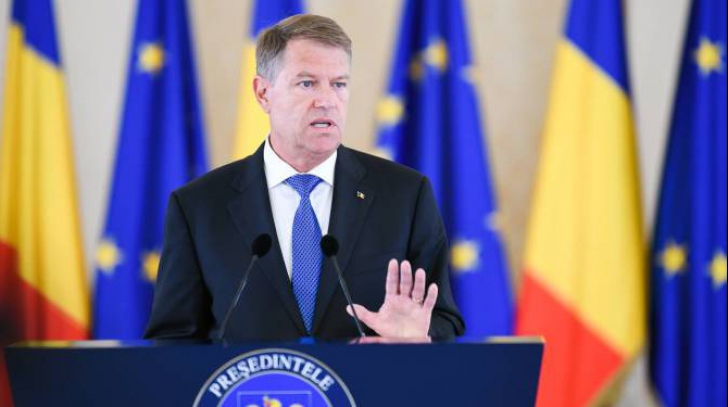 Noii miniștri au depus jurământul la Cotroceni în absența premierului Dăncilă