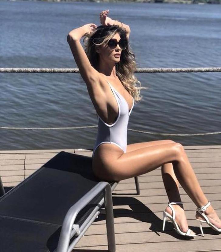 Antena 1 aduce o bombă sexy în locul Flaviei, la Neatza