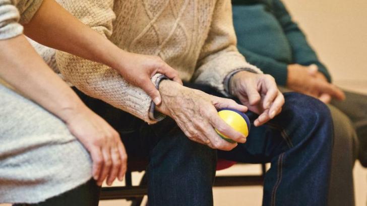 Un tratament radical împotriva bolii Parkinson a fost testat pe oameni