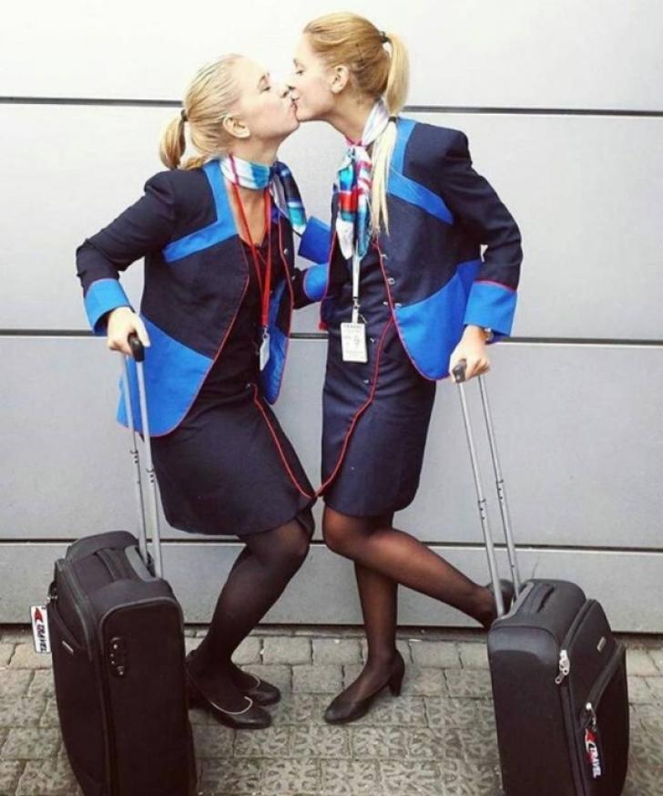 Ce fac stewardesele când nu sunt în avion