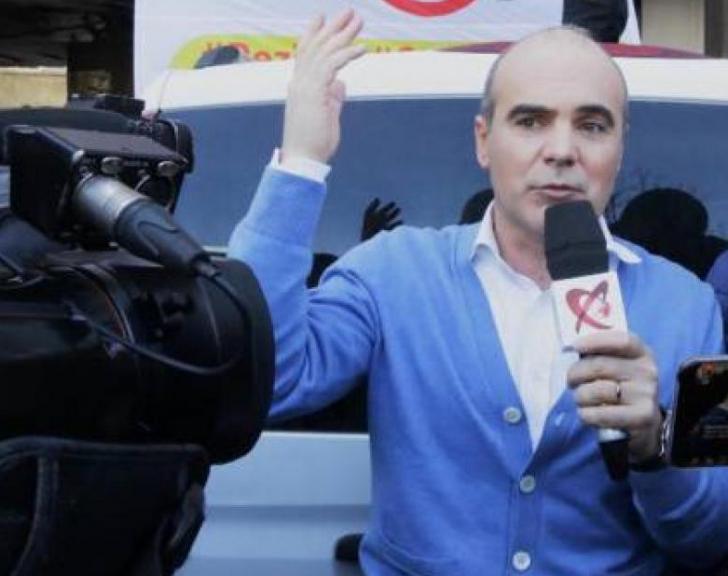 """Rareş Bogdan, reacţie de ultimă oră în cazul """"dubelor cu jandarmi"""""""