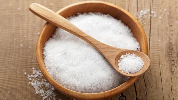 S-a aflat adevărul: Câtă sare trebuie, de fapt, să mănânci zilnic ca să nu ai probleme de sănătate