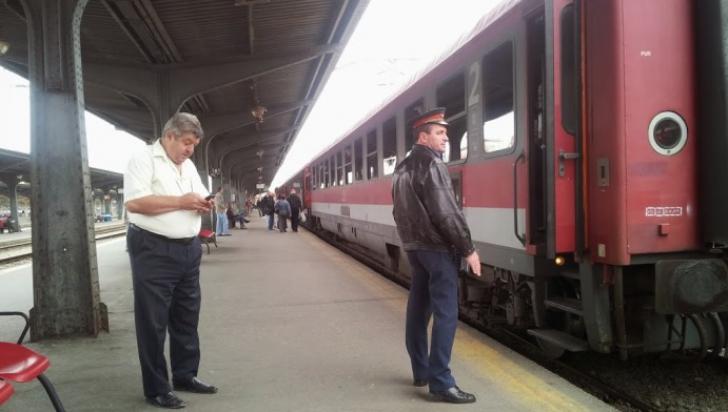 O persoană a murit după ce a fost lovită de trenul Constanţa-Bucureşti