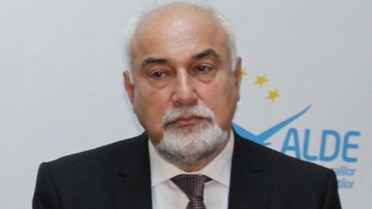 """Vosganian:""""Suntem nevoiţi să îl tolerăm până la alegeri pe Iohannis"""""""