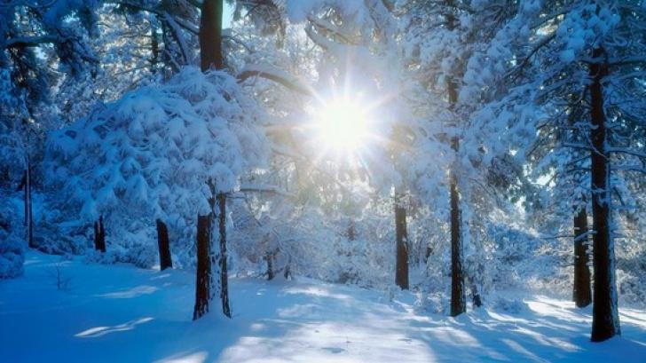 Prognoza meteo a fost revizuită din nou. Schimbări dramatice ale vremii: lapoviță și ninsoare