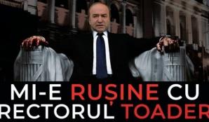 """""""Mi-e rușine cu rectorul Toader"""" - Protest inedit anti-Tudorel Toader, la Iaşi"""