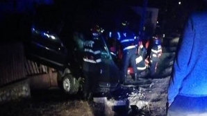Accident groaznic în Argeş: Patru tineri au ajuns la spital în stare gravă