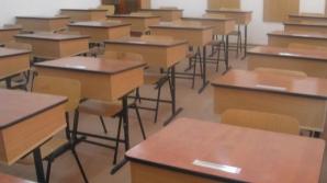 Profesoară bătută și amenințată cu moartea de un elev: nu l-a lăsat să vadă filme XXX în clasă