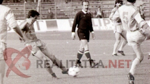 Imagine publicata in premiera: Hagi in actiune, in Steaua - Galatasaray 4-0 (1989). Arhiva: Cristian Otopeanu