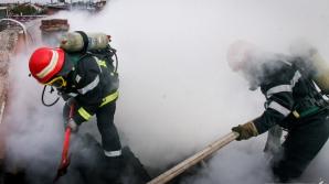 Explozie urmată de incendiu, la Constanța / Foto: ISU