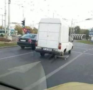 Cine le-a dat permisul? Șoferii cu care nu vrei să te întâlnești în trafic
