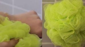 Te speli cu acest tip de burete la duş? Aruncă-l imediat sau pregătește-te de ce e mai rău