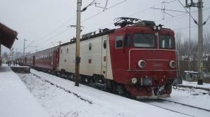 Un tren a deraiat în judeţul Braşov. Circulație feroviară oprită