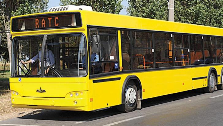 Şofer de autobuz din Constanţa agresat de un grup de tineri