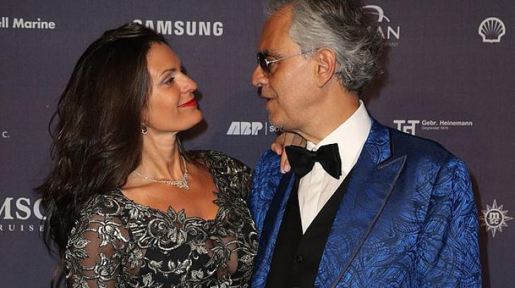 Andrea Bocelli, apariție rară alături de soția lui mai tânără - FOTO