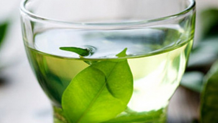Recomandarea neaşteptată a medicilor: Toţi bărbaţii trebuie să bea ceau verde!