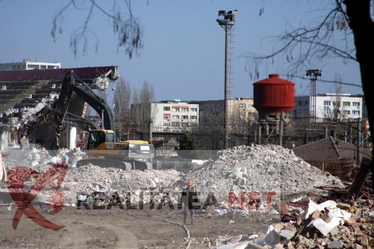 <p>Demolare stadion Rapid. Foto: Cristian Otopeanu</p>