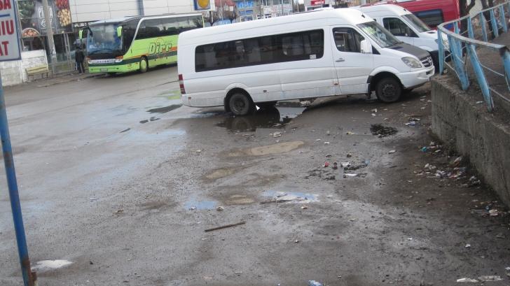 Imaginile dezastrului! Cum arată Autogara din Bacău