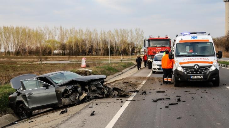 Realitatea de Giurgiu: Accident rutier pe DN 5, două persoane sunt rănite