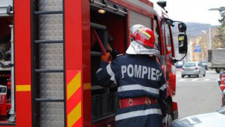 Incendiu - Unitate Militara Curtea de Argeș