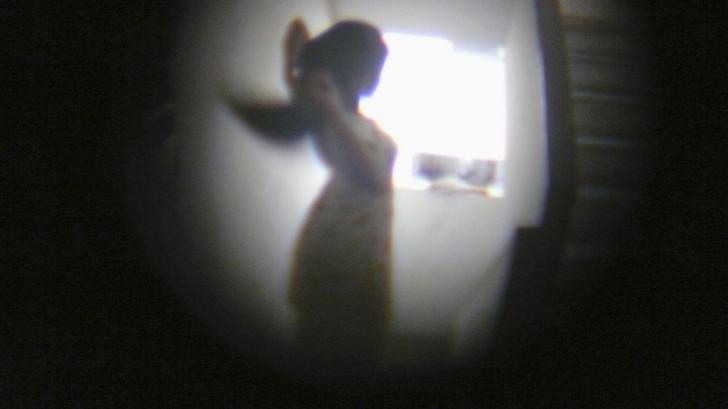 Molka, fenomenul de spionaj sexual care ia amploare și sperie lumea