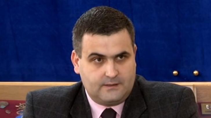 """Gabriel Leș: """"Dacă România ar fi atacată, nu ar putea să se apere prea mult"""""""