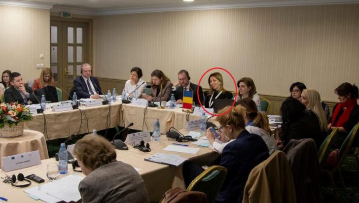 """Trucaj hilar în ministerul condus de Rovana Plumb, secretar de stat """"pus în poză"""" cu Photoshop"""