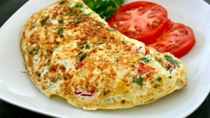 Ingrediente pe care nu știai că le poți folosi în omletă